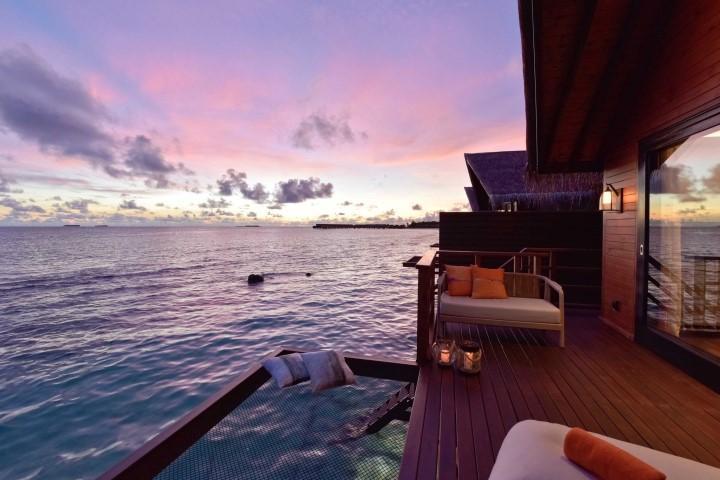 Dormire sotto le stelle? Sì, ma sulle isolette private alle Maldive