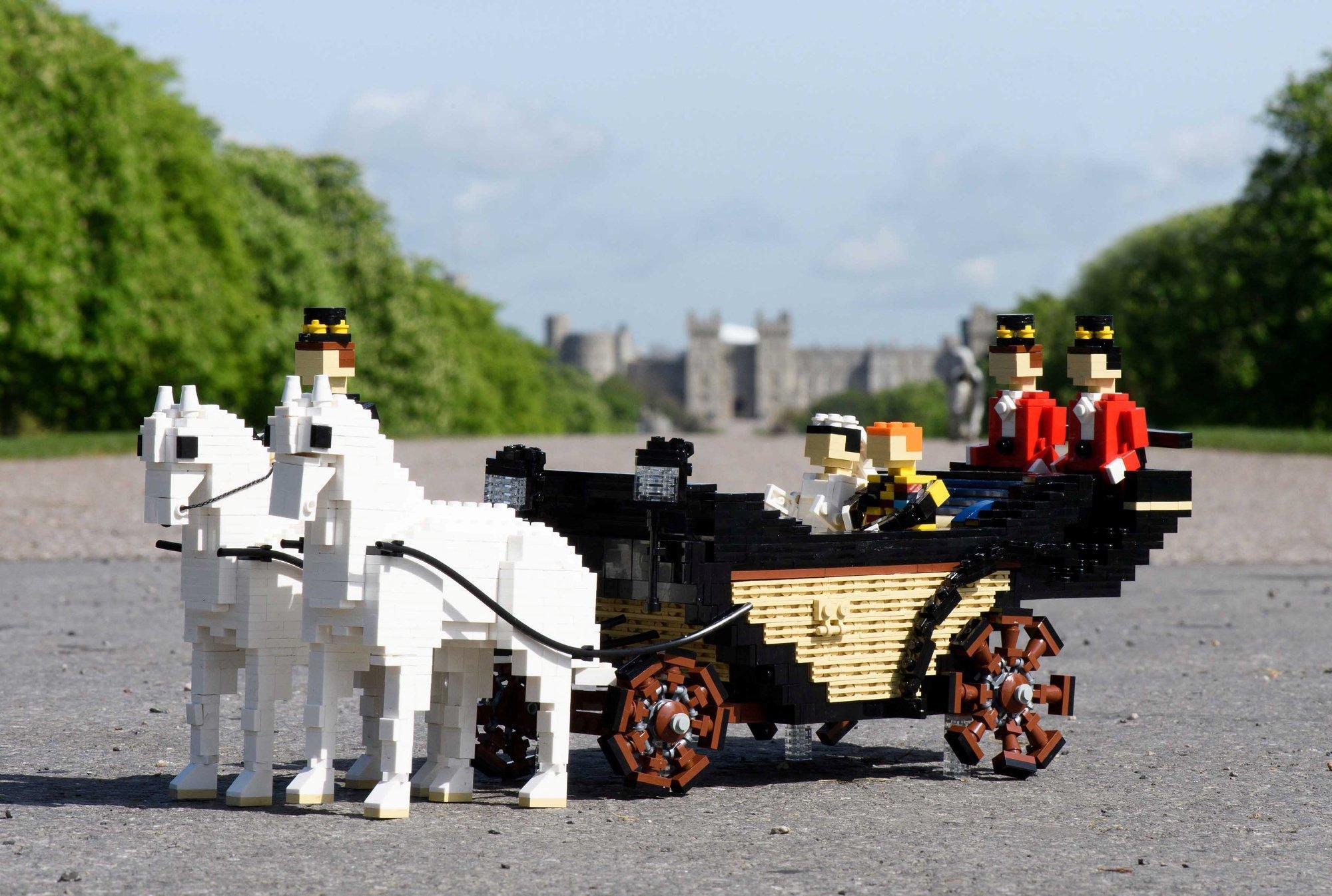 Il matrimonio reale di Harry e Meghan in versione Lego