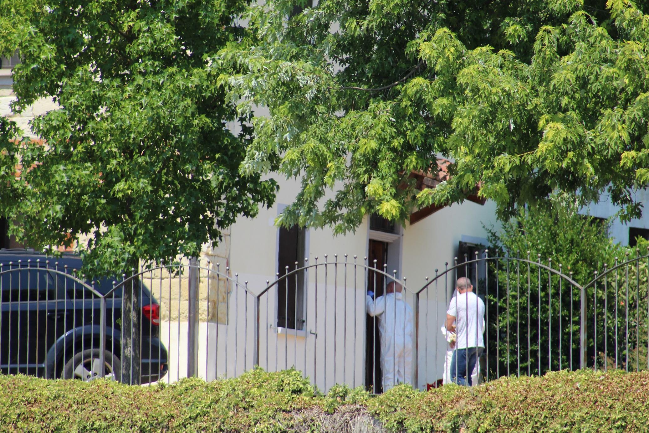 Alessandria, la casa in cui è stato trovato il corpo del medico