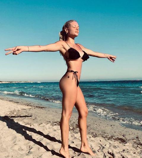 Giulia Provvedi è la nuova single dell estate