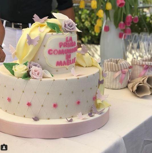 Antonella Clerici in festa con l ex per la comunione di Maelle