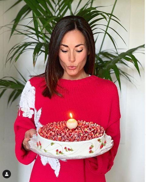 Michela Coppa, compleanno per amiche vip: guarda che siparietti hot