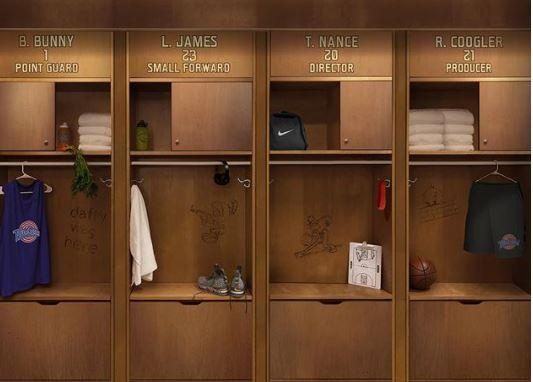 LeBron James in campo con  Space Jam 2