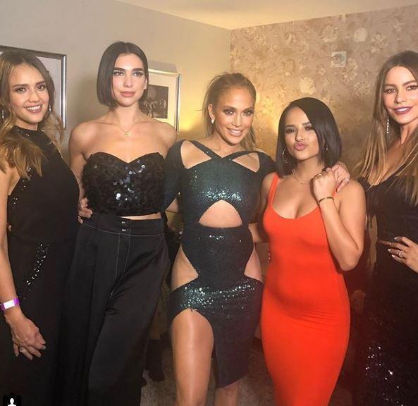 Jennifer Lopez, da Sofia Vergara a Jessica Alba: ritrovo di star al concerto di Las Vegas