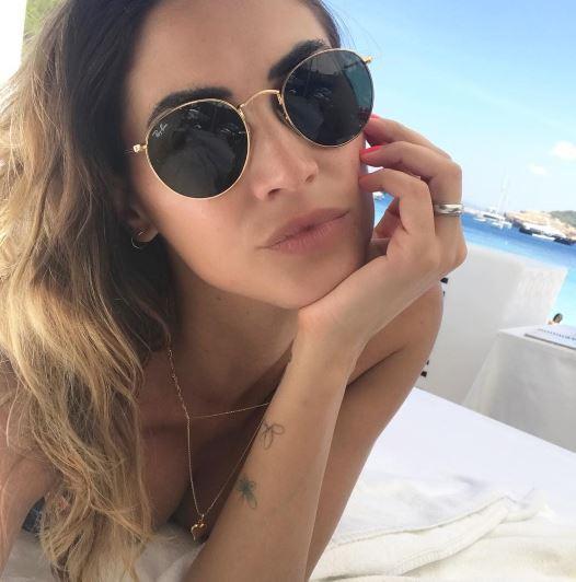 """Melissa Satta curve strepitose in spiaggia: """"Voglio un altro figlio"""""""
