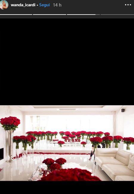Wanda e Mauro Icardi, 5.000 rose per l anniversario