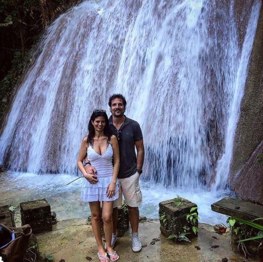 Laura Torrisi, amore e bikini dalle Isole Cayman