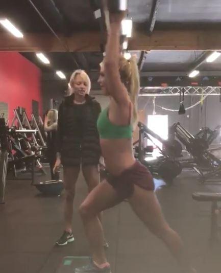 Britney Spears, duri allenamenti social