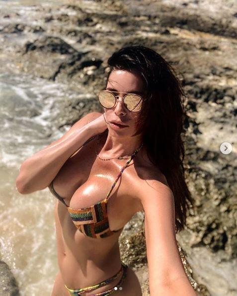 Aida Yespica, vacanze bollenti alle Bahamas