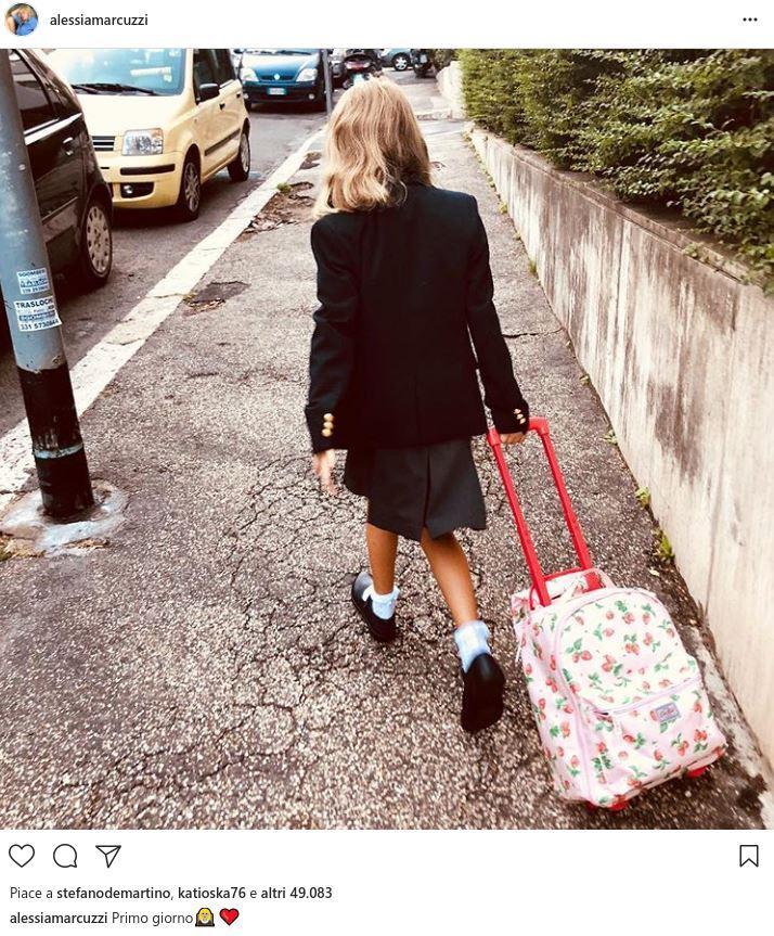 Alessia Marcuzzi, primo giorno di scuola per la figlia Mia
