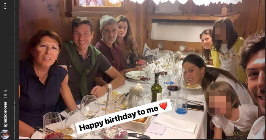 Ignazio Moser festeggia 27 anni con Cecilia e family