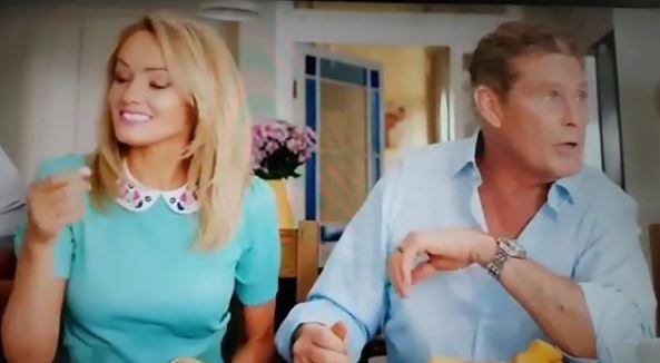 David Hasselhoff sposa la sua Hayley Roberts in Italia