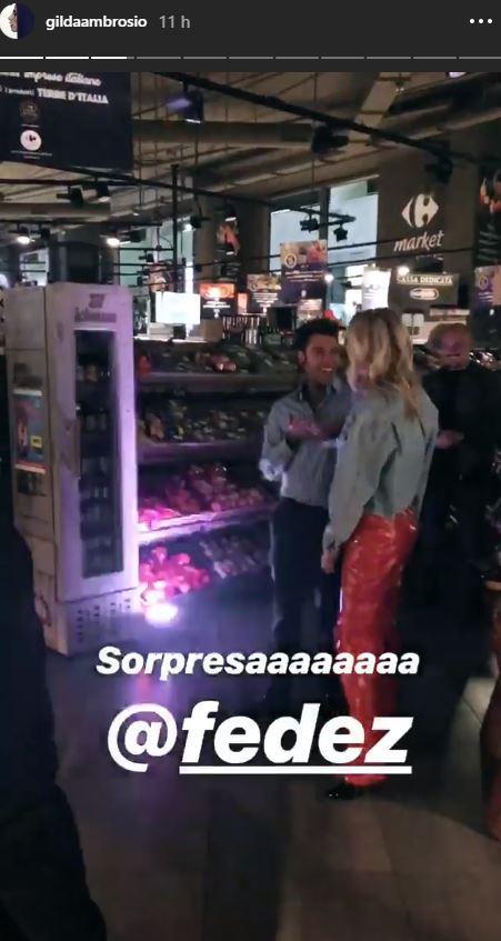 Festa al supermercato per i Ferragnez: è bufera social
