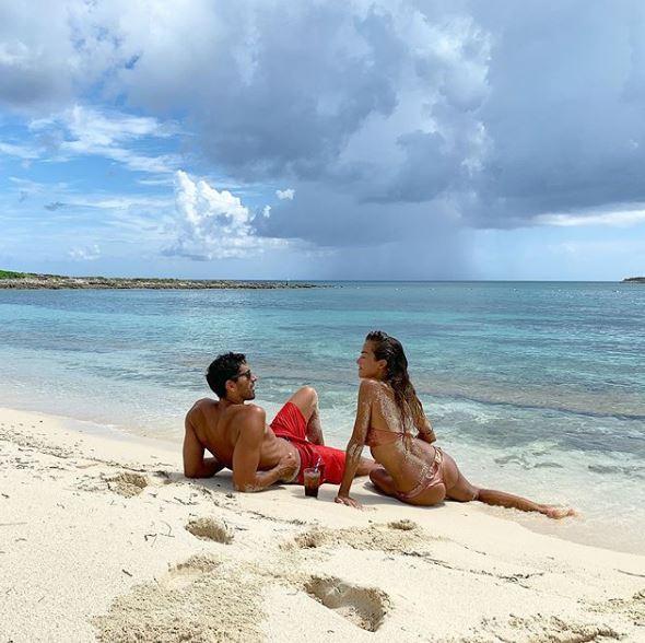 Magnini Palmas Alle Bahamas Un Mare Damore Foto Tgcom24