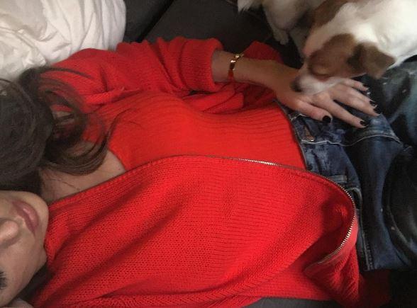 Cecilia Rodriguez smarrisce il cane e il fidanzato di Nina Moric le fa uno scherzo