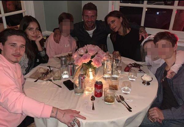 Victoria Beckham, festa in famiglia per i suoi 45 anni
