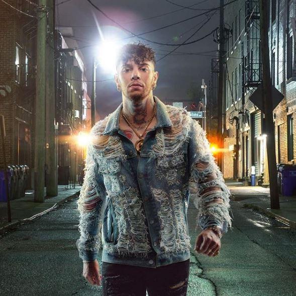 Emis Killa, il Supereroe del rap