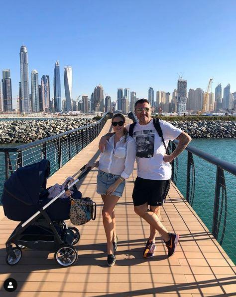 Costanza Caracciolo e Bobo Vieri, prima vacanza a Dubai con Stella