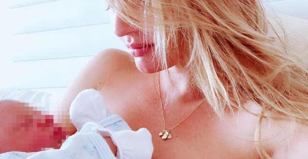 Candice Swanepoel è mamma bis, guarda il primo scatto con il suo bebè