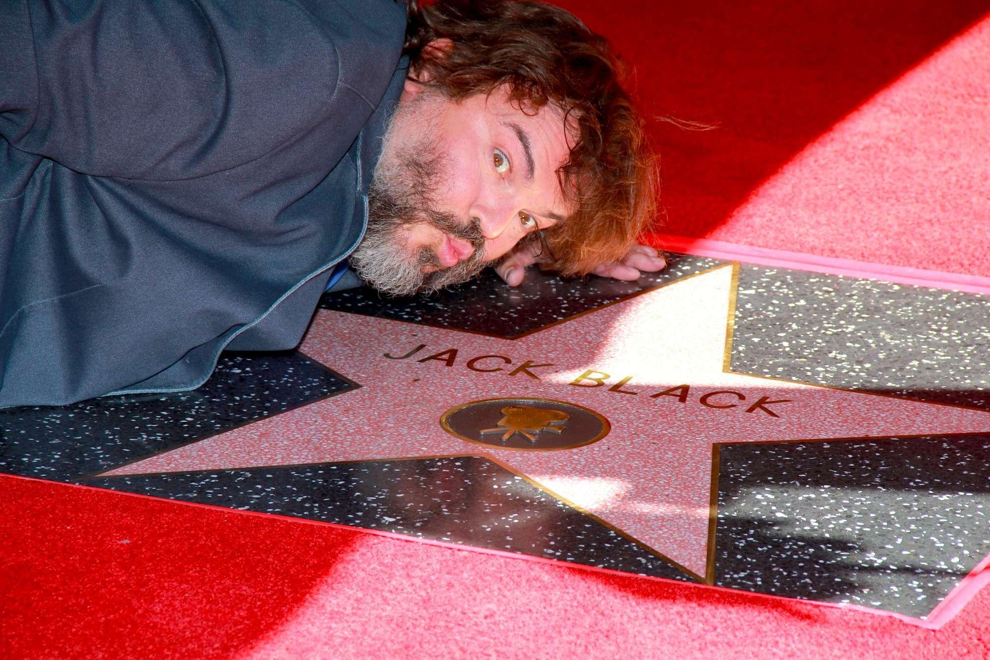 Jack Black, stella sulla Walk of Fame e insulto a Trump