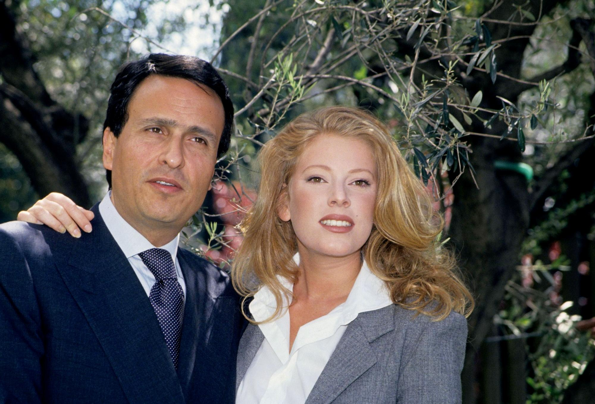 Gigi Sabani, da imitatore a conduttore: le foto della sua carriera