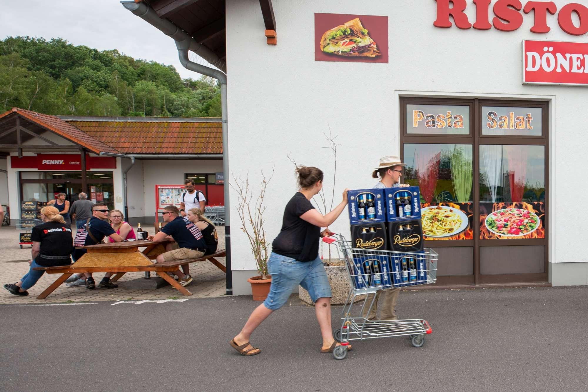 Germania, raduno nazi a secco di birra: è flop