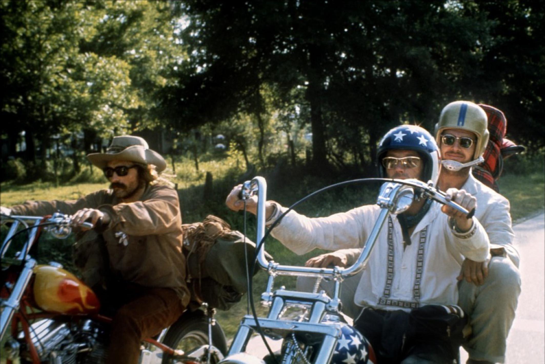 Addio a Peter Fonda, attore cult diventato un simbolo negli anni 60 per  Easy Rider