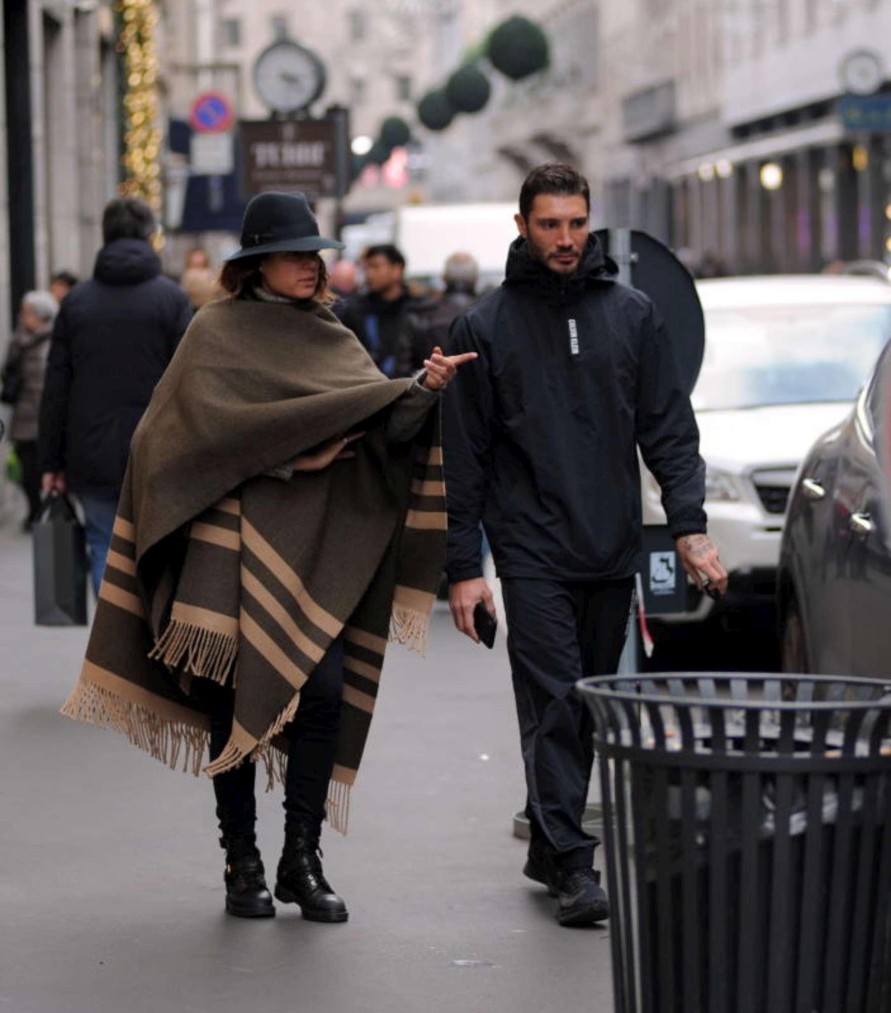 Stefano De Martino a passeggio con una ragazza misteriosa