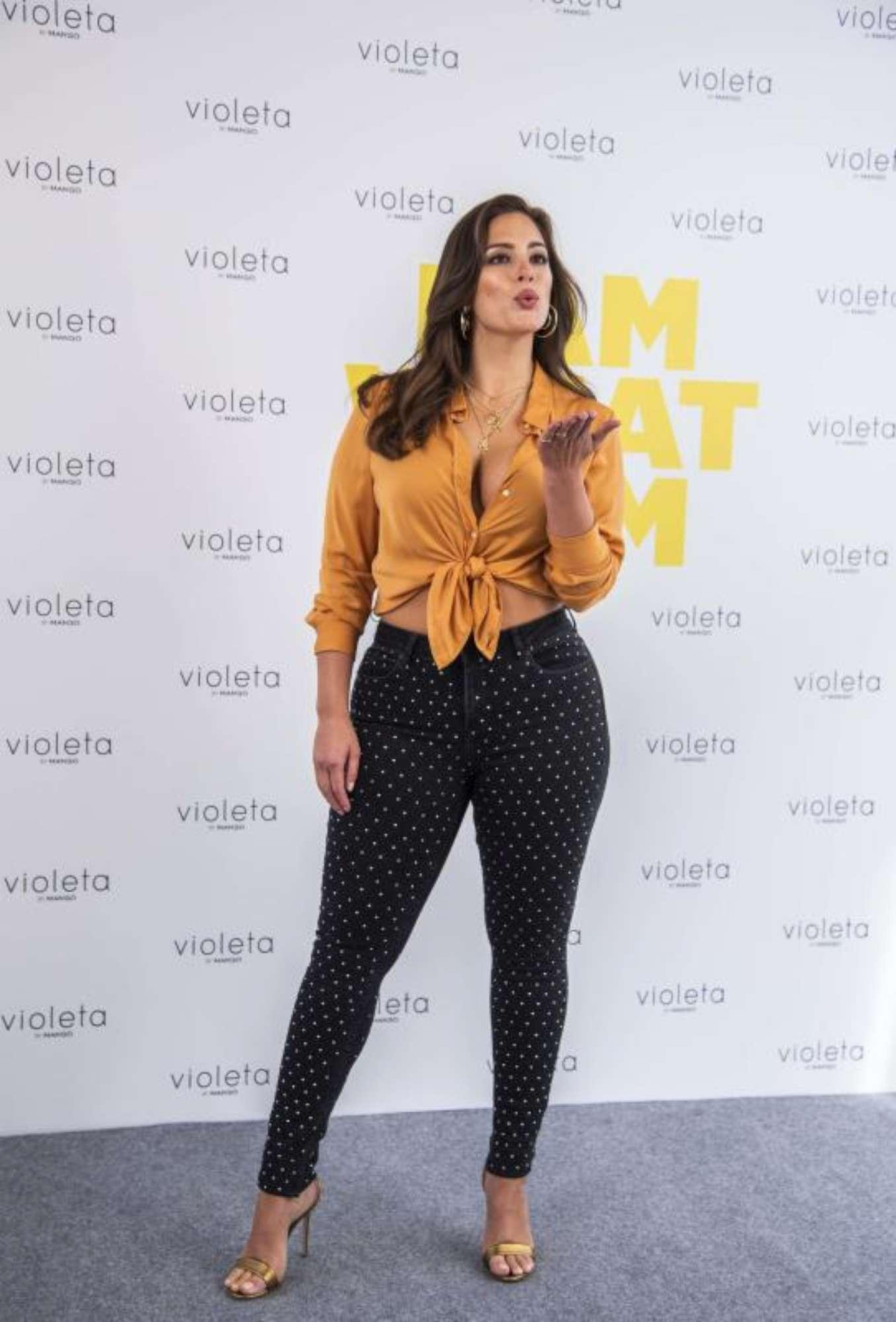 Ashley Graham, la curvy dimagrisce: polemiche social