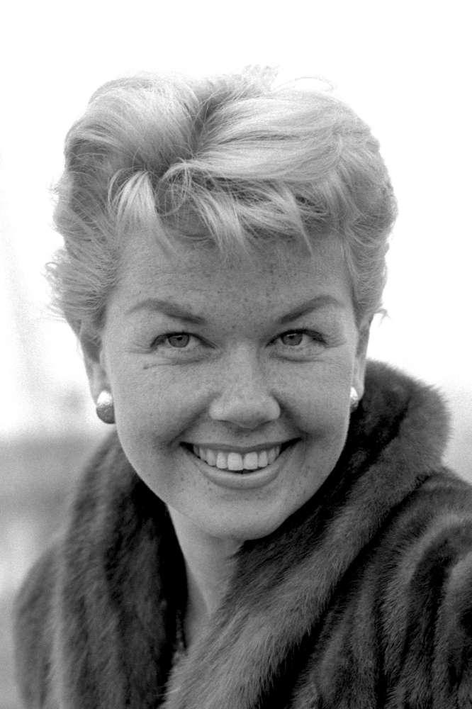 Doris Day, è morta la  fidanzata d America : guardala nei suoi film più famosi