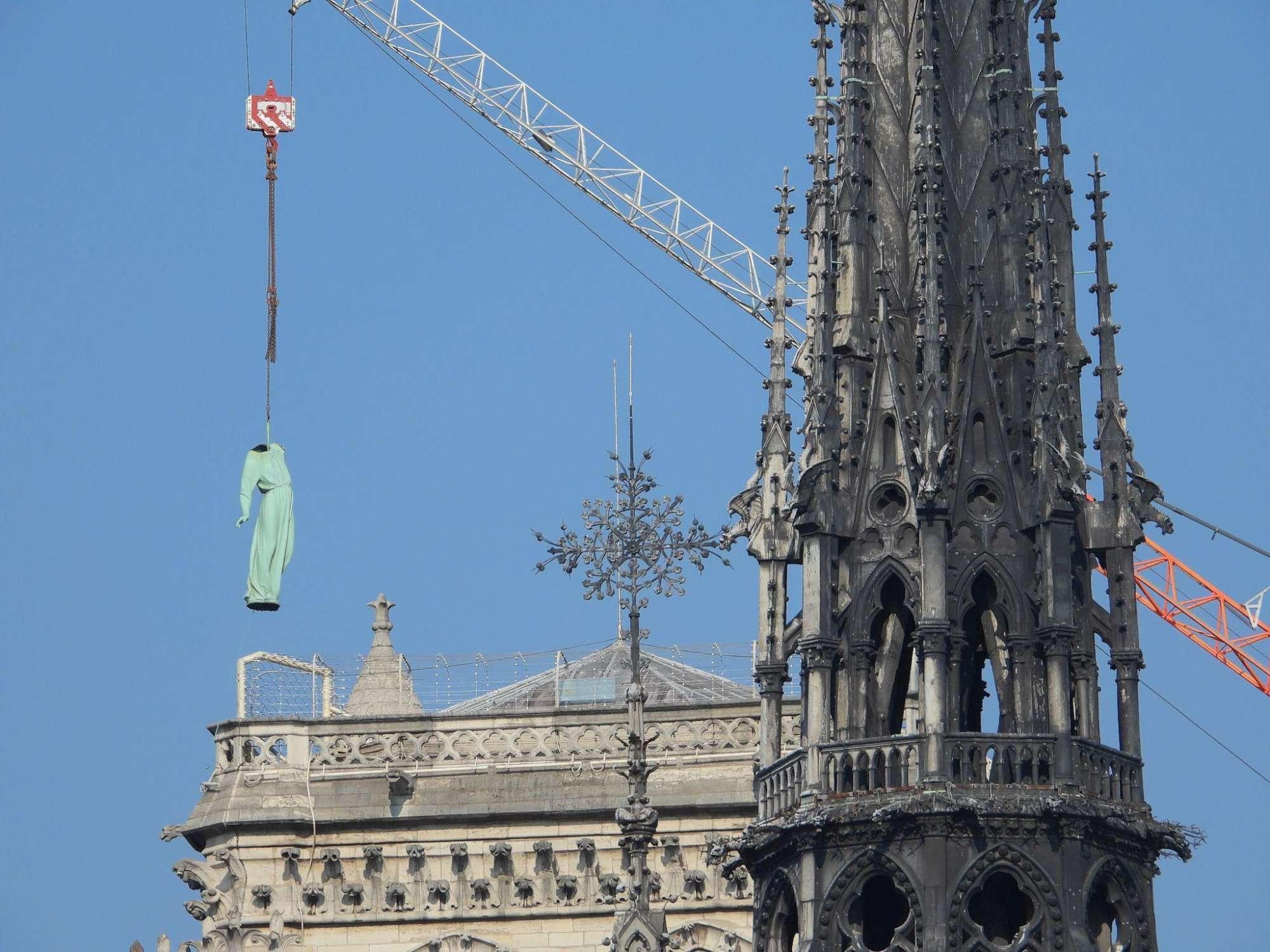 Notre-Dame, le foto del cantiere pochi giorni prima del rogo