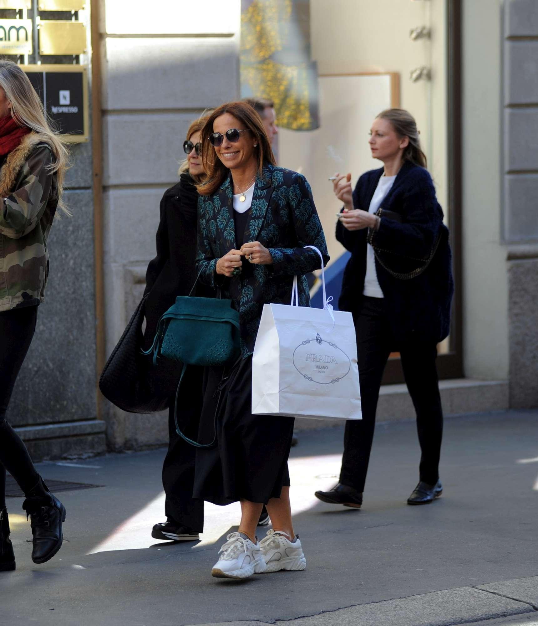 Cristina Parodi, pomeriggio di shopping a Milano