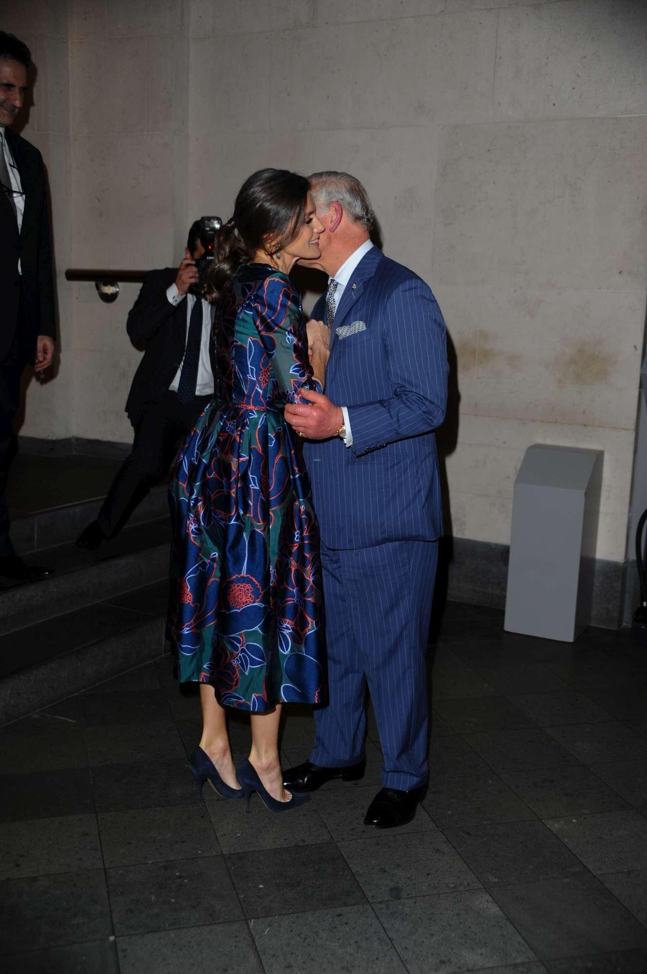 Letizia di Spagna incanta il principe Carlo