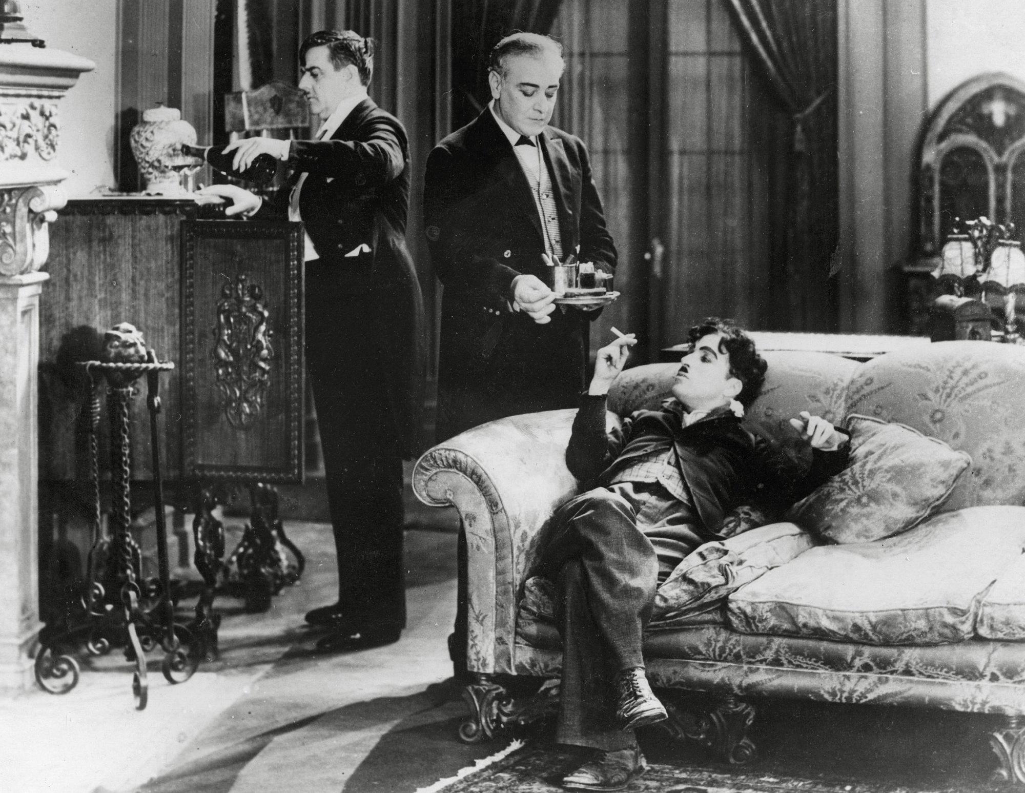 Charlie Chaplin, 130 anni fa nasceva il genio della comicità senza tempo