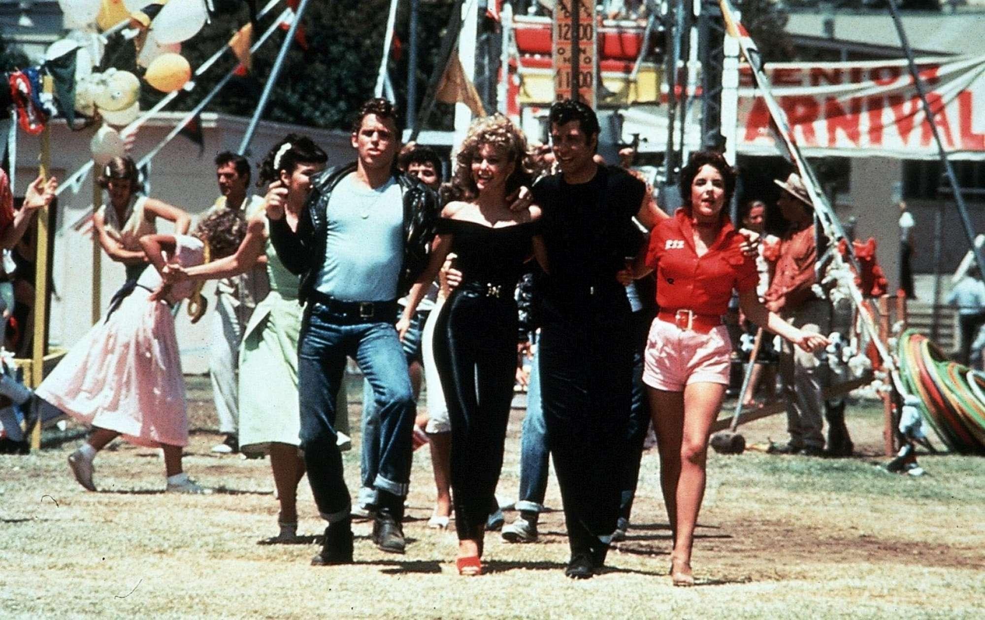 Grease , 40 anni dopo... cosa è successo a Rizzo? Guarda come sono cambiati anche Danny e Sandy...