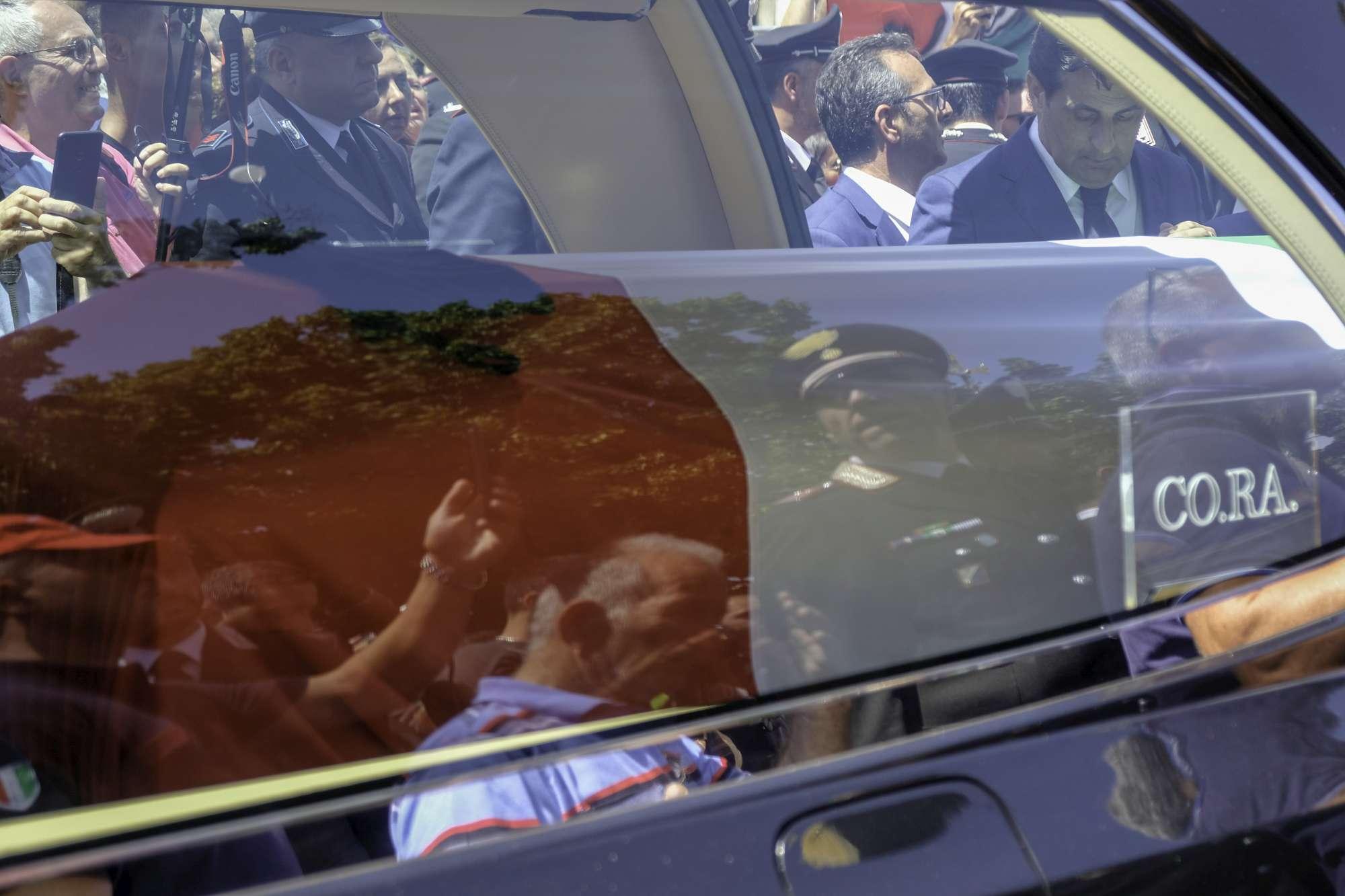 Carabiniere ucciso, l ultimo saluto a Mario Cerciello