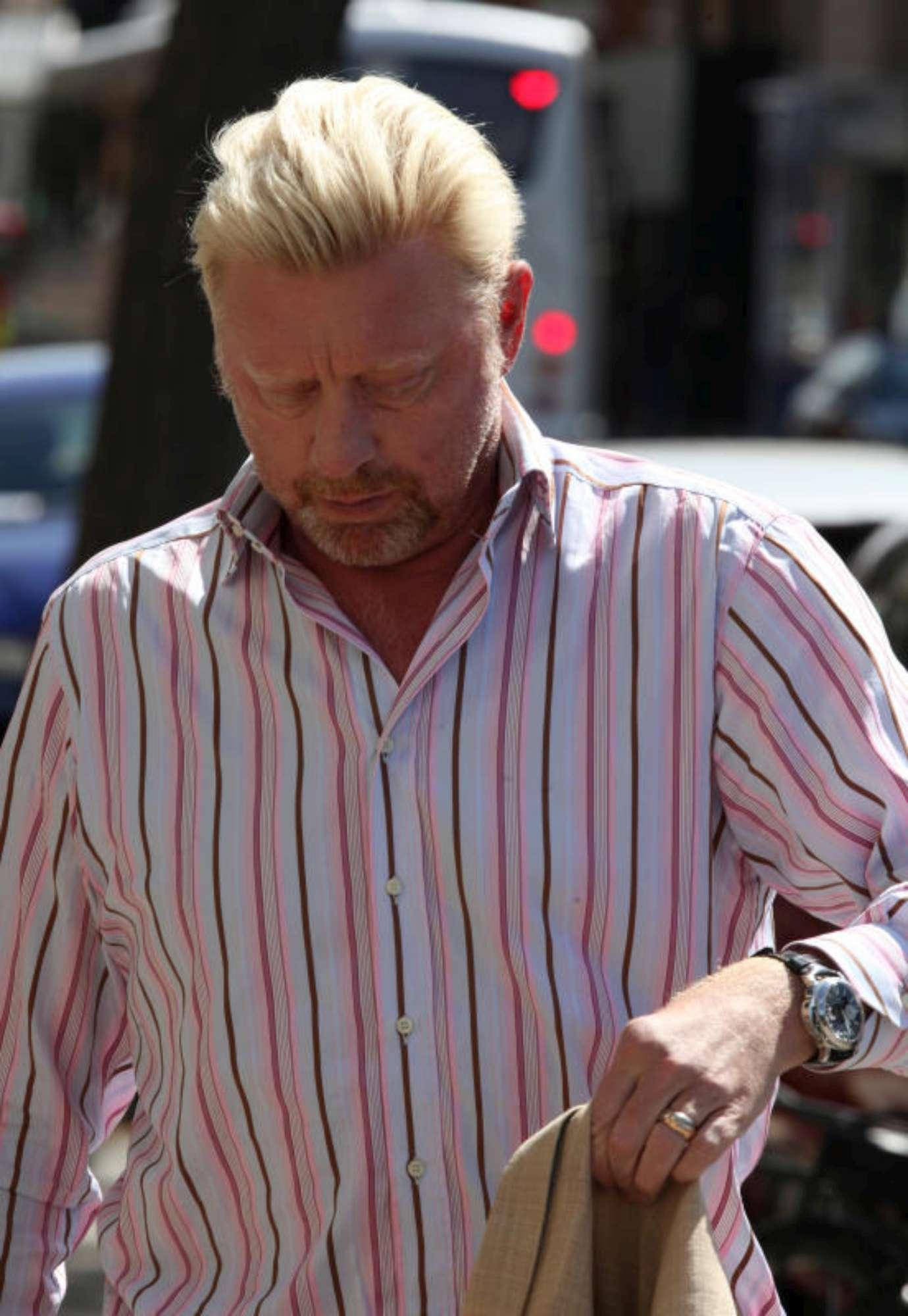 Povero Becker, maxi multa e macchina rimossa
