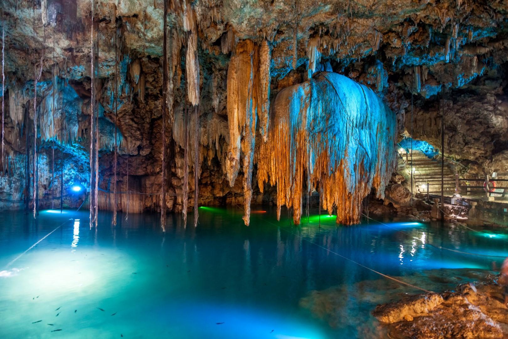 Dieci luoghi meravigliosi in cui sprofondare nel blu