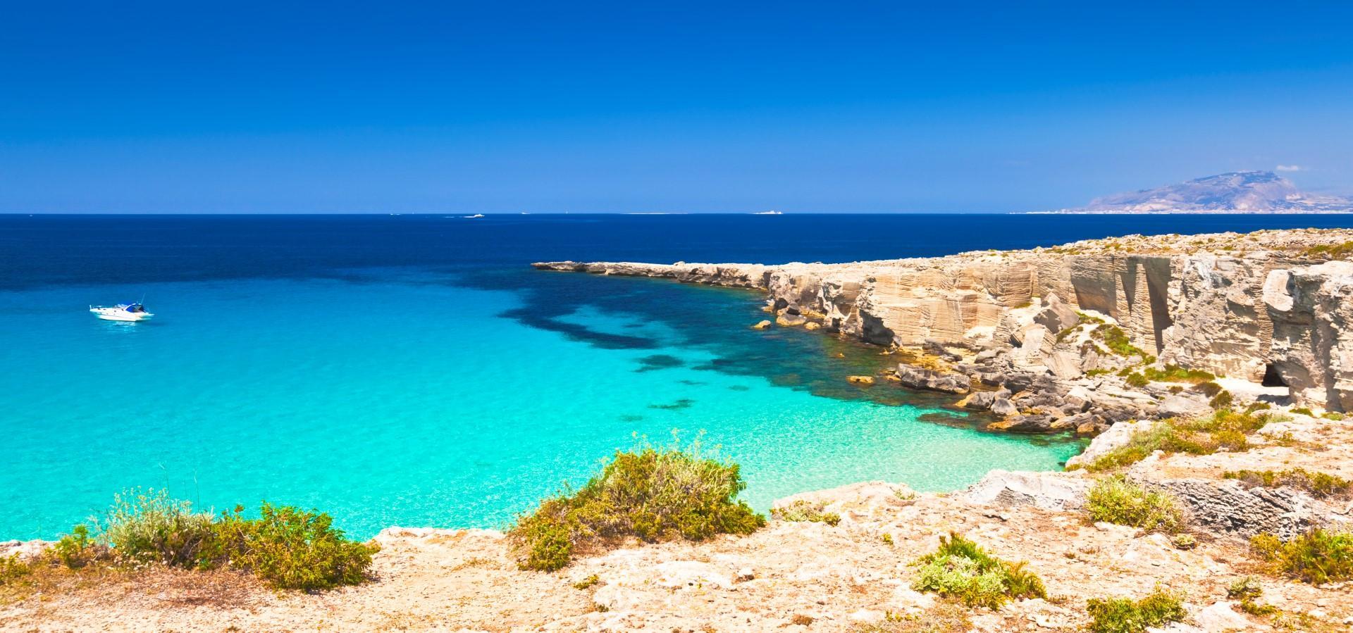 Mitiche Egadi: tutti i profumi del Mediterraneo