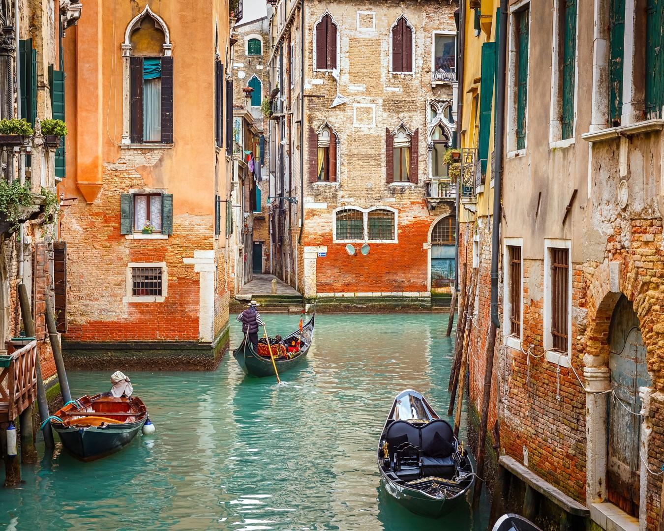 La Credenza Di Nonna Nara : Gita nella venezia anticonformista con lo shopping d elite tgcom