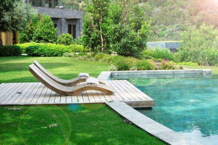 Estate: giardino e piscina, un accoppiata vincente
