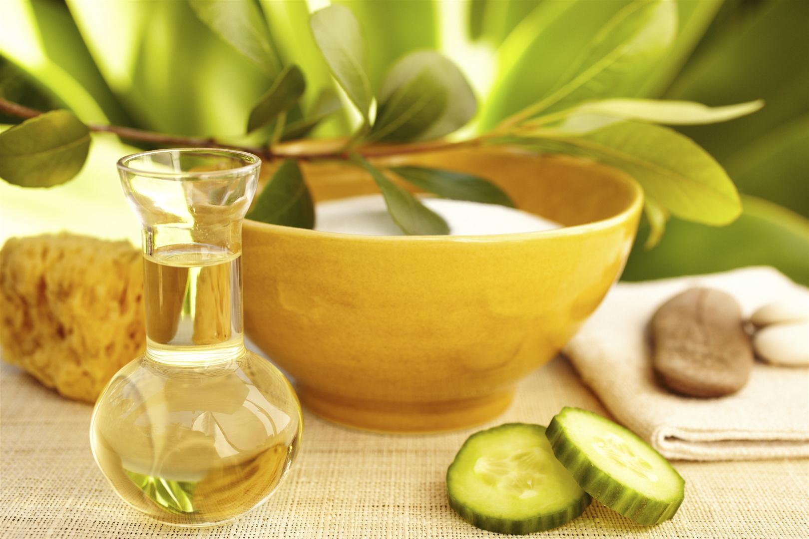 Tutti gli usi degli oli vegetali per bellezza e benessere