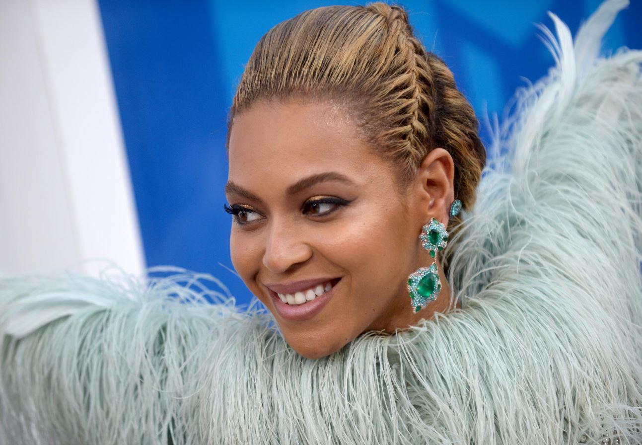 Beyoncé è la regina degli Mtv Video Awards