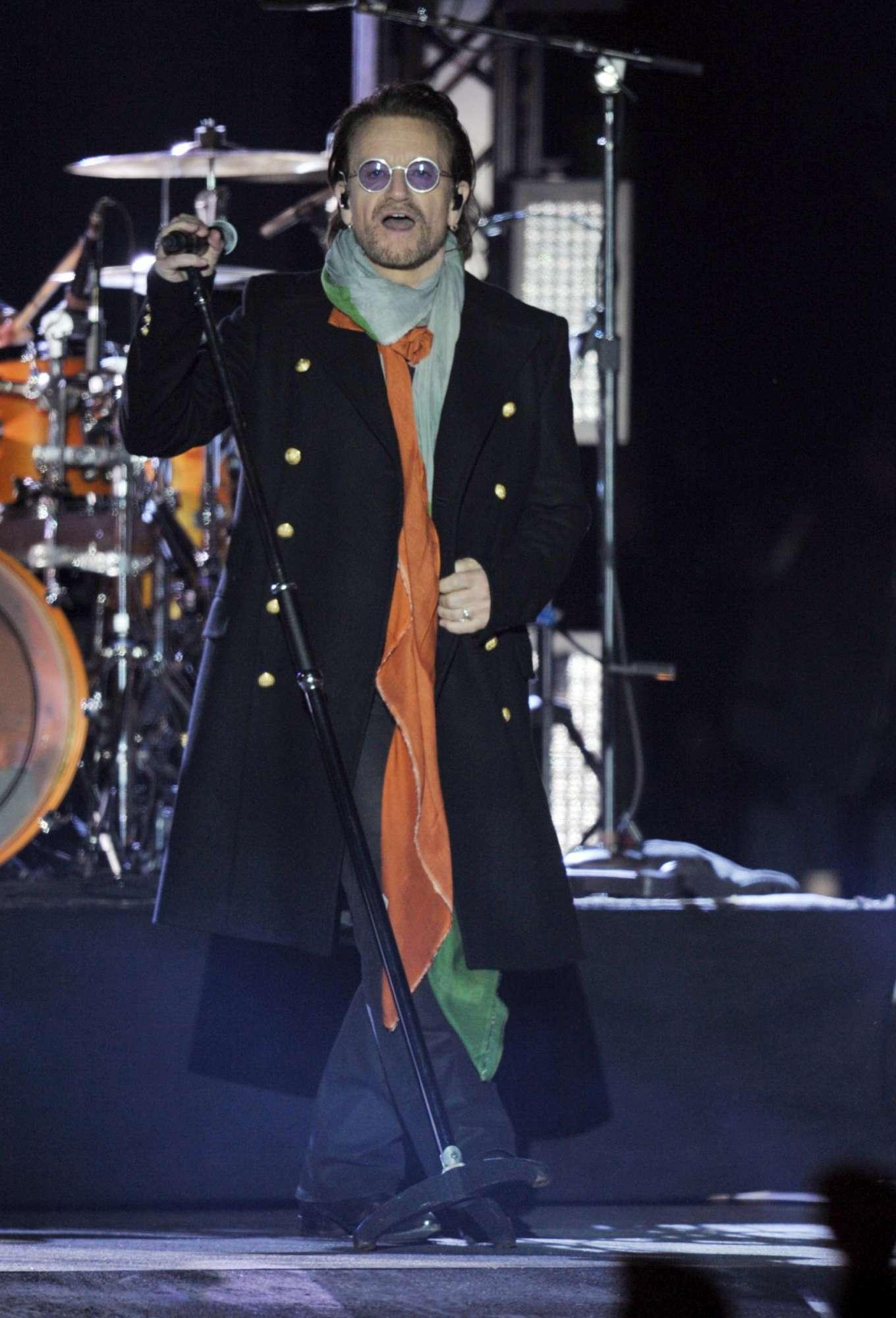 U2, show emozionante a Trafalgar Square