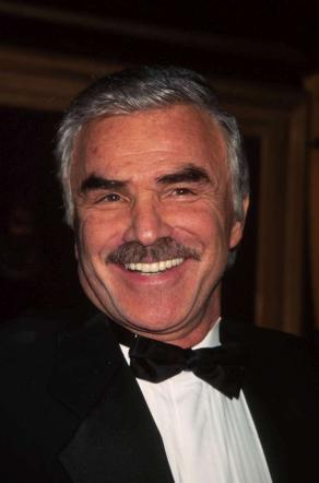 Cinema, addio a Burt Reynolds: l attore di  Boogie Nights  morto a 82 anni