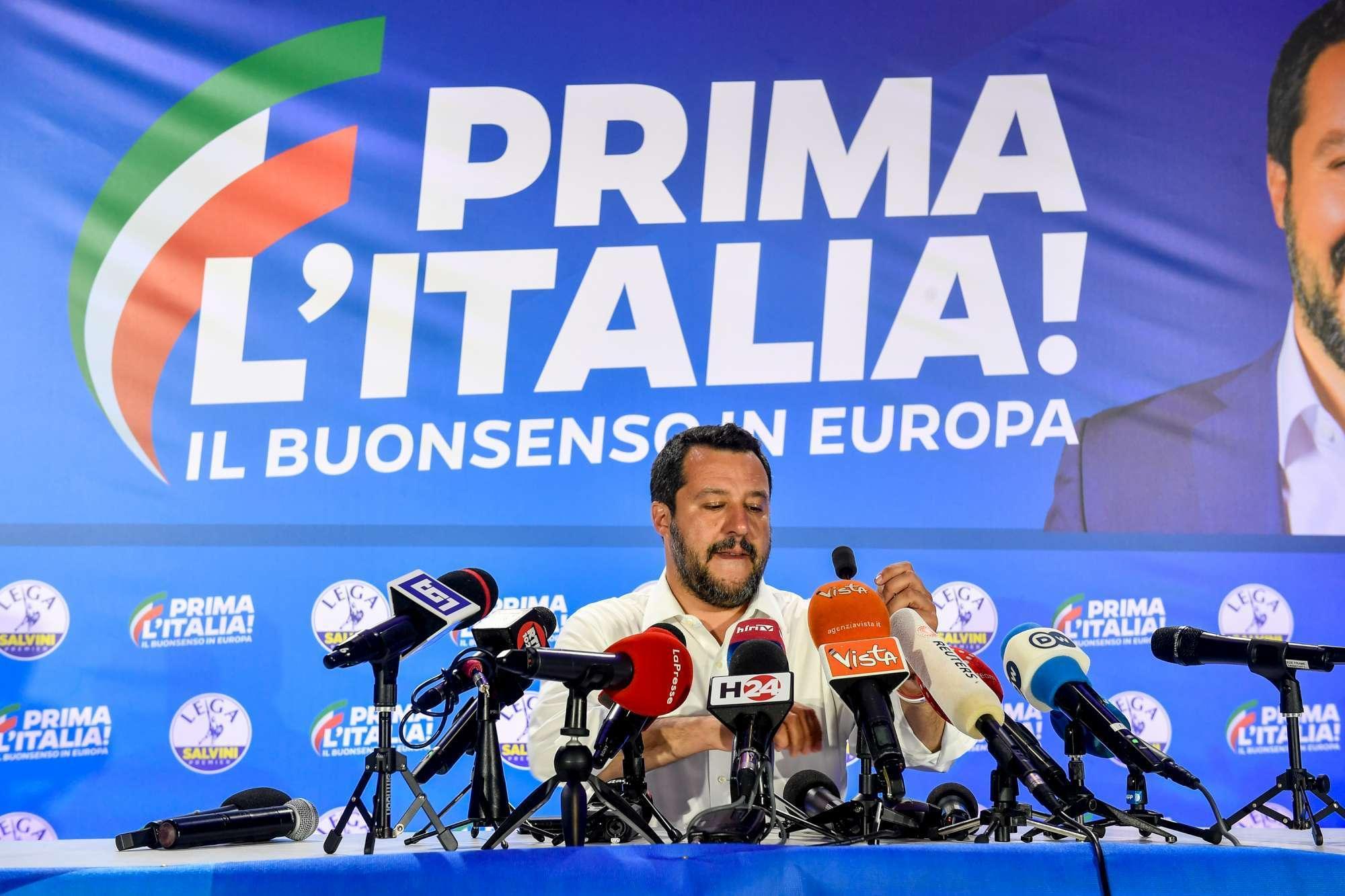 Matteo Salvini in conferenza stampa dopo il voto in Europa