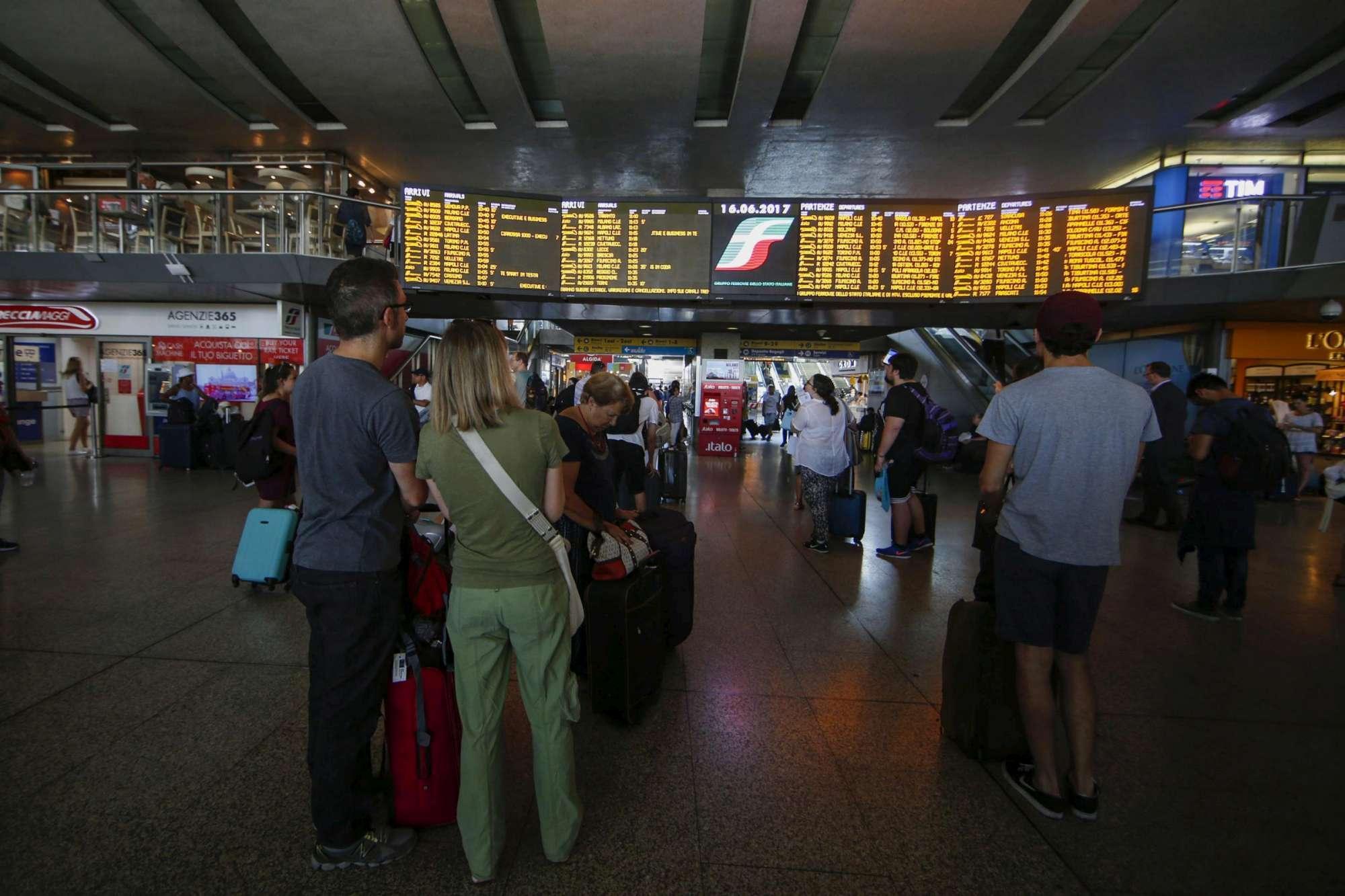 Roma, sciopero trasporti: la Capitale è paralizzata