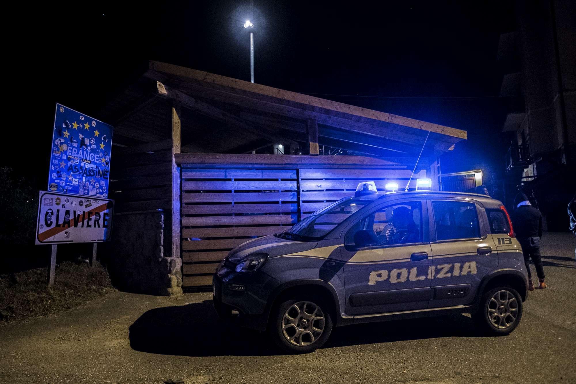 Migranti Claviere, agenti italiani presidiano la frontiera con la Francia