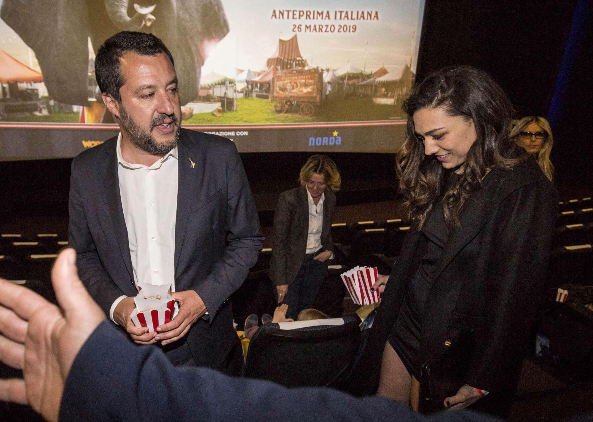 Matteo Salvini al cinema a Roma con la nuova fidanzata