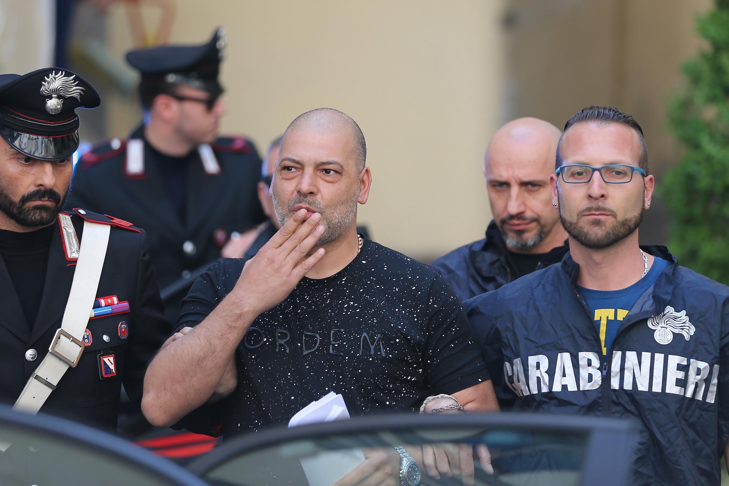 Serie B e camorra: 10 arresti a Napoli